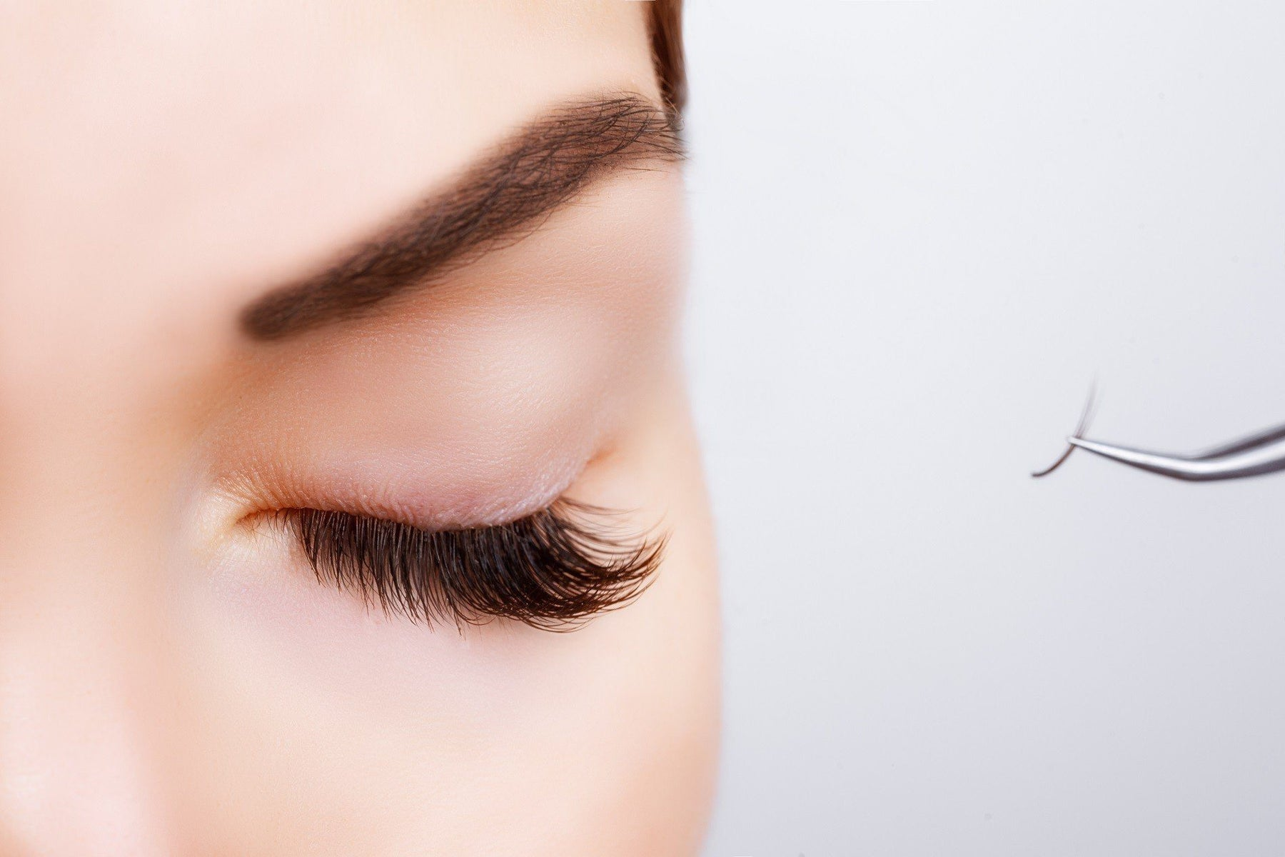 The Ultimate Checklist For Long-Lasting Eyelash Extensions