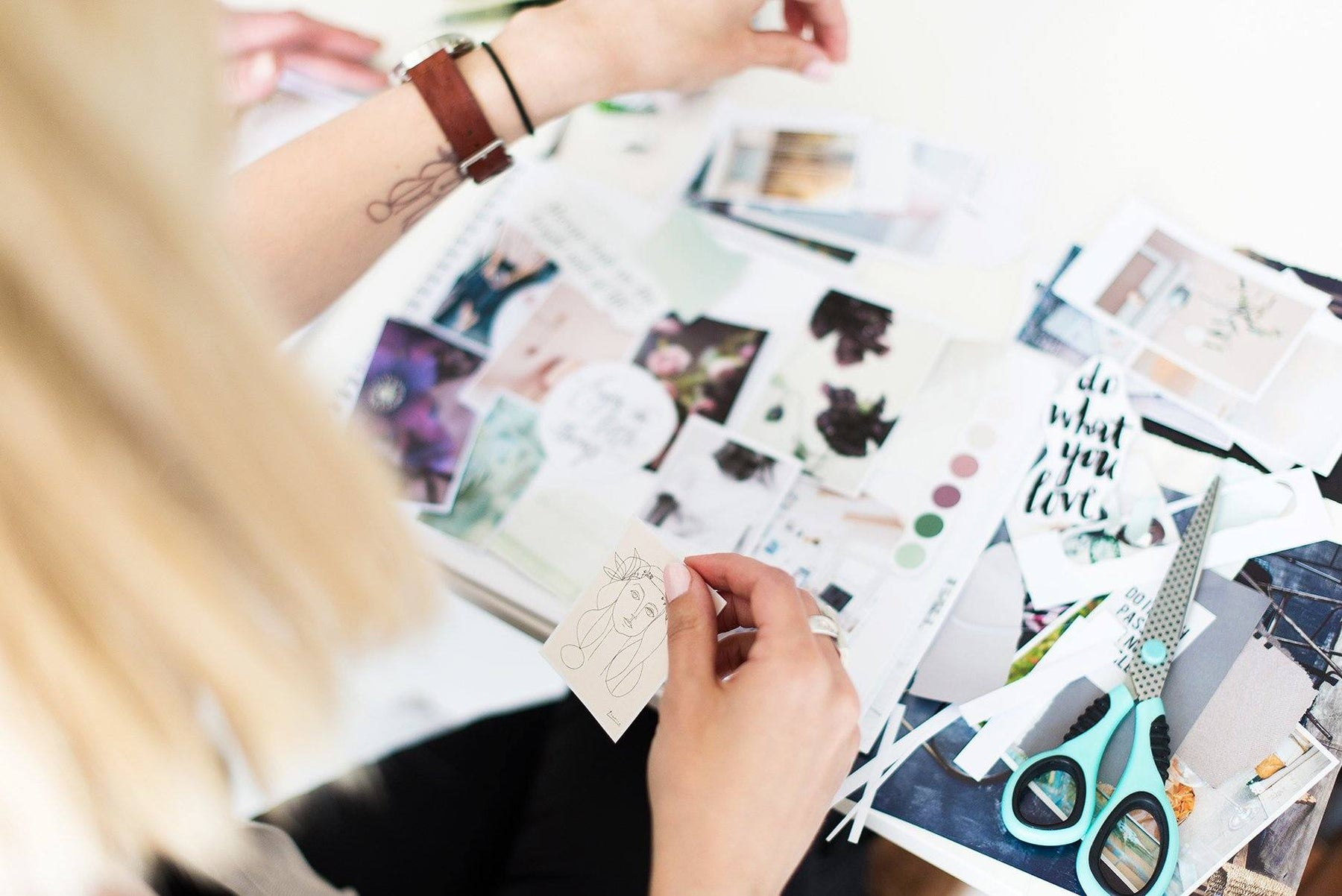 The right visuals for your lash studio business branding