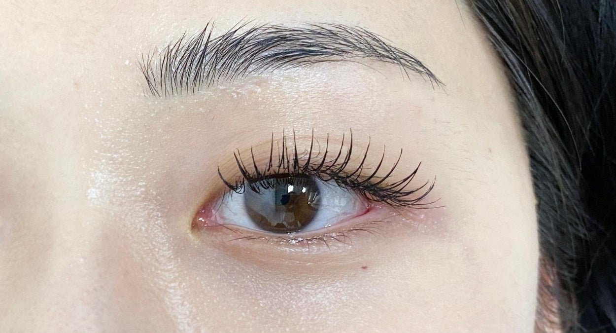 Mascara with lash extensions - after