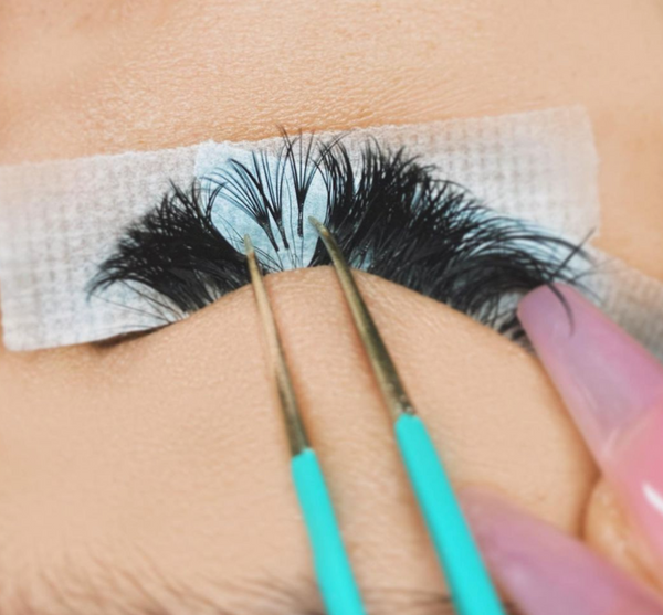 Naturally grown out lashes