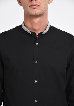 LONG SLEEVED OXFORD SHIRT WITH A DETAILED COLLAR - BLACK
