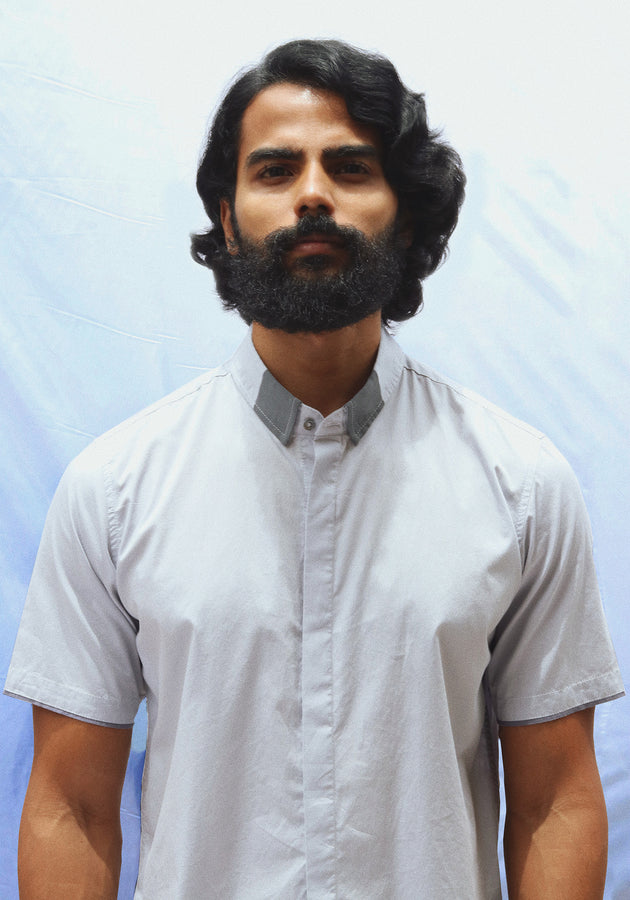 Short Sleeved Shirt with Contrast Collar