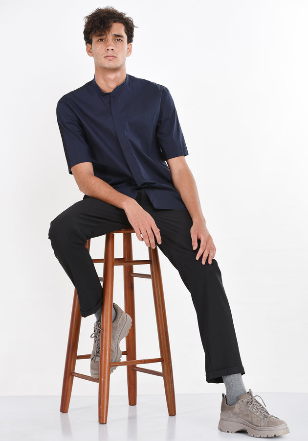 RELAXED FIT SHORT SLEEVED SHIRT - NAVY BLUE