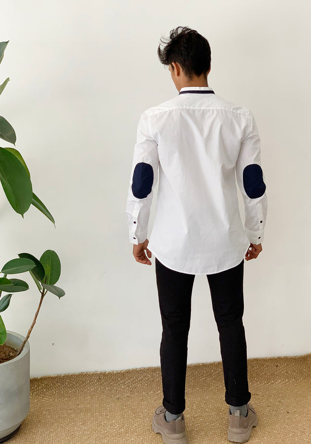 LONG SLEEVED SHIRT WITH ELBOW PATCHES