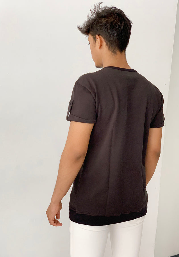 SHORT SLEEVED PIQUE CREW NECK T-SHIRT WITH SLEEVE TABS - BLACK