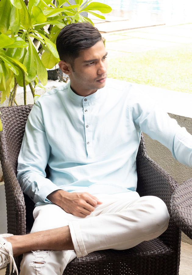 Long Sleeved Shirt with Chinese collar