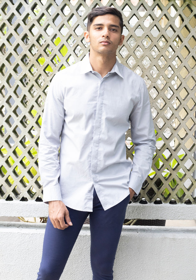 Long Sleeved  Shirt with Contrast Collar Detail