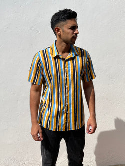 Short Sleeved Regular Collar printed shirt