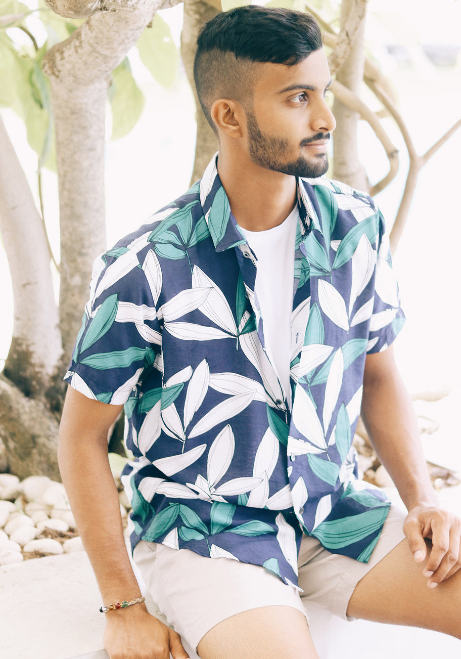Short Sleeved Shirt with tropical print