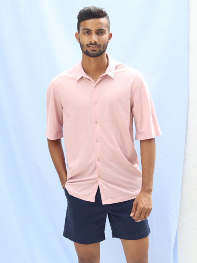 SHORT SLEEVED RELAXED FIT  SELF COLLAR SHIRT