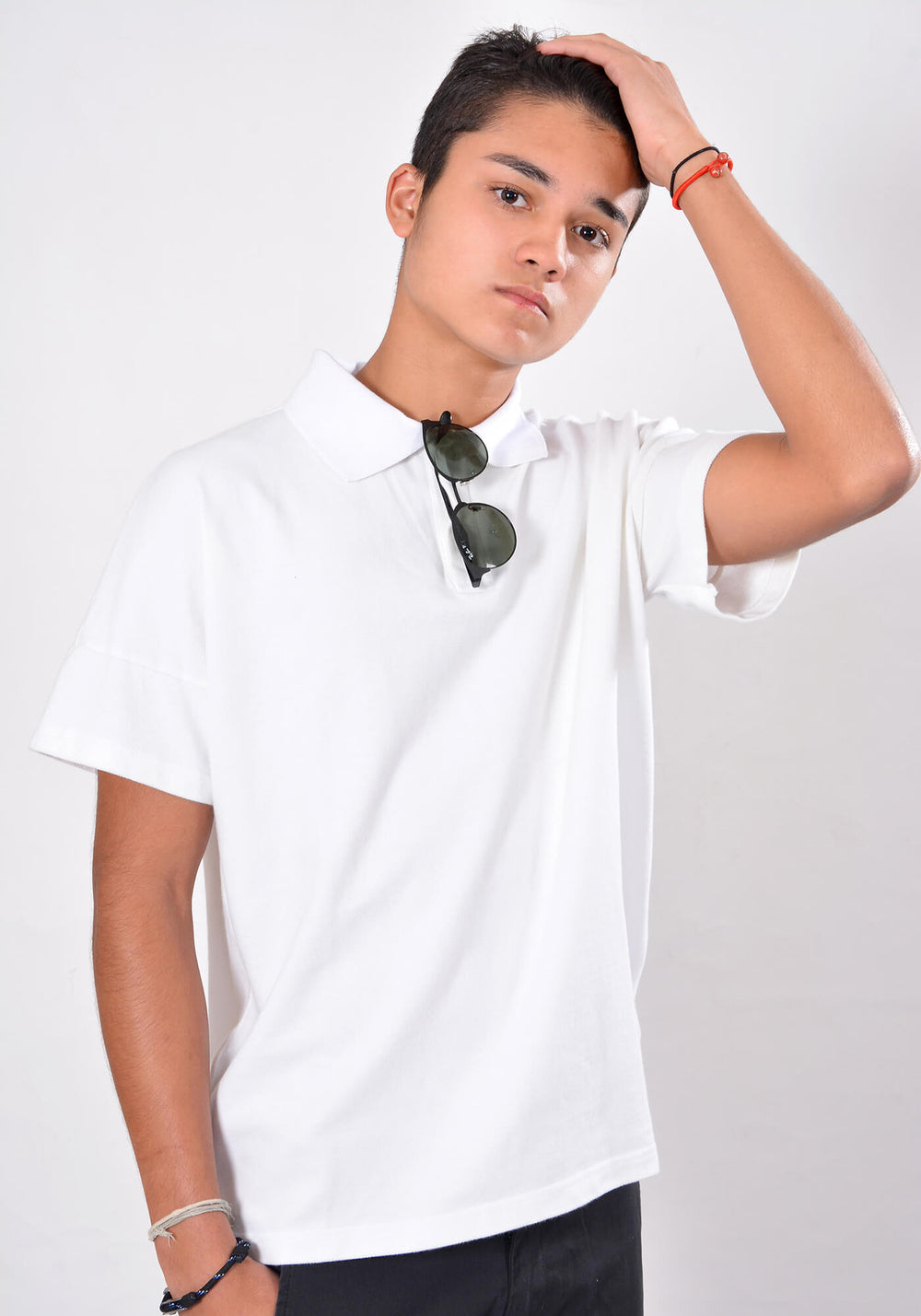 SHORT SLEEVED RELAXED FIT POLO SHIRT