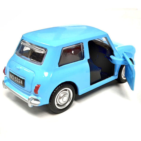 This fantastic Original Mini die cast toy has fantastic detail and opening doors. The toy is available in 3 colours, red blue and British racing Green. Each car measures approx. L 9.5 cm x H 3 cm x W 4.5 cm
