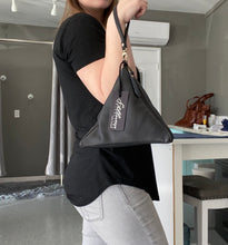 Load image into Gallery viewer, Pyramid Wristlet