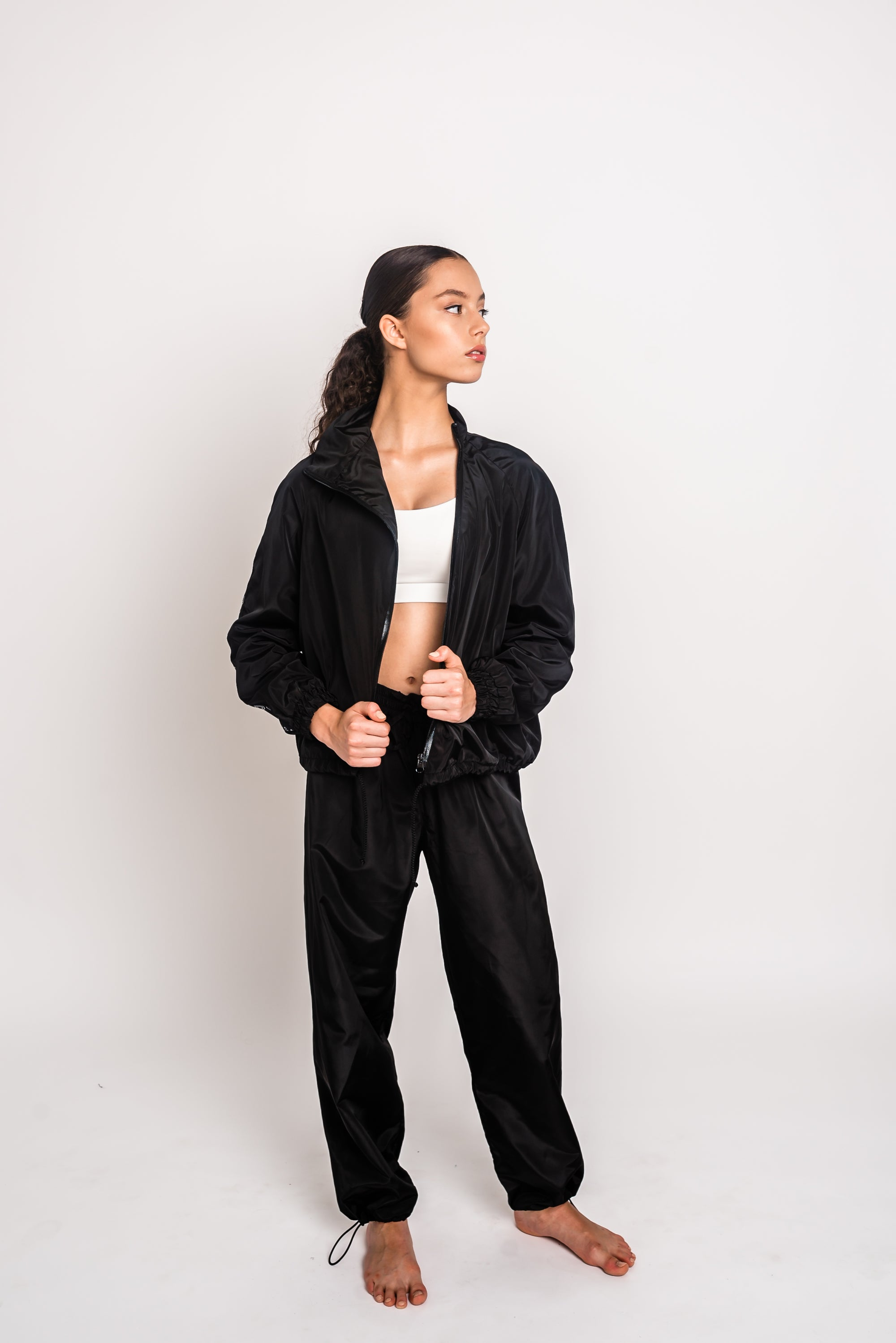 URBAN SWAN COLLECTION | Black sports suit with pants
