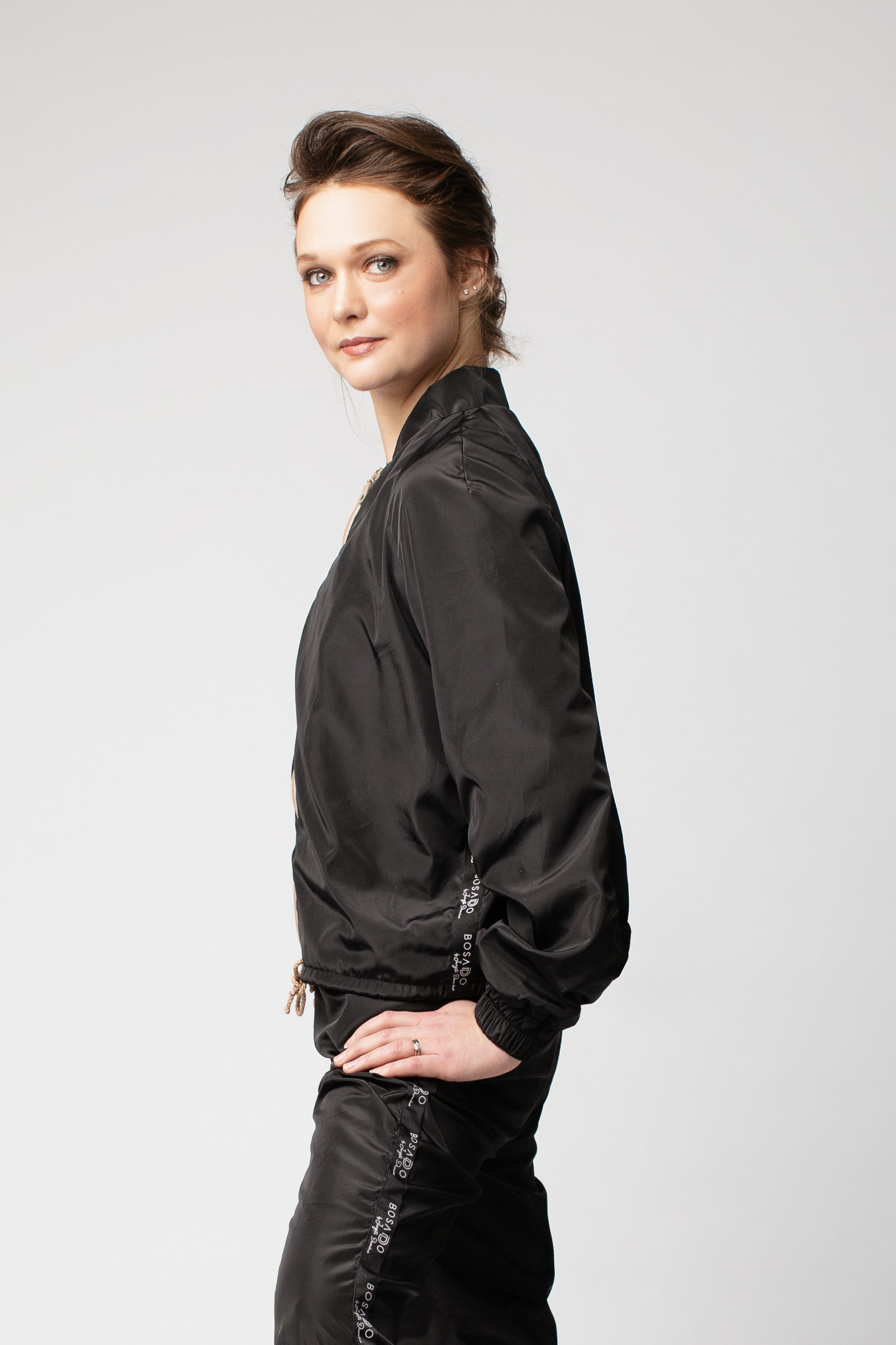Bosaddo by Jurgita Dronina collection | Heat retaining black jacket
