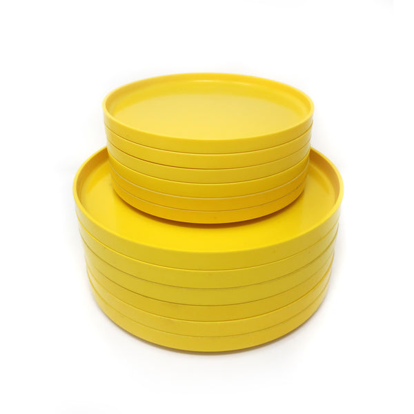 Yellow Massimo Vignelli for Heller Dinnerware - Set of Six Dinner Plates + 6 Salad Plates