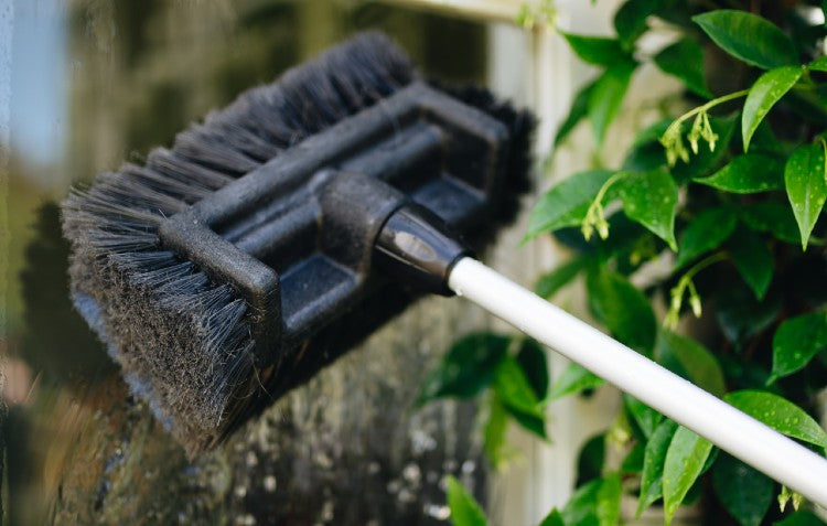 extendable-cleaning-brush