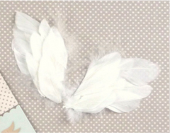 Tilda - Angel Wings in White (small)