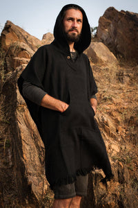 Wool poncho with hood and pocket - unisex black