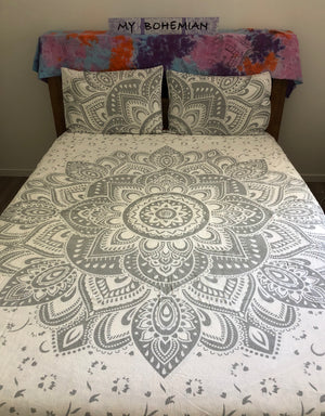 Silver Flower - Queen Doona Cover Set