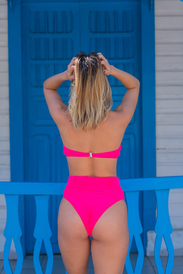 Bikini Pink, please!