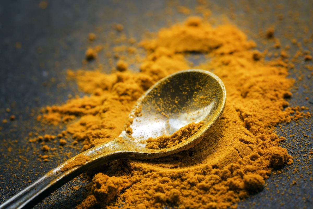 4 Turmeric Benefits From Famous Mystic Sadhguru