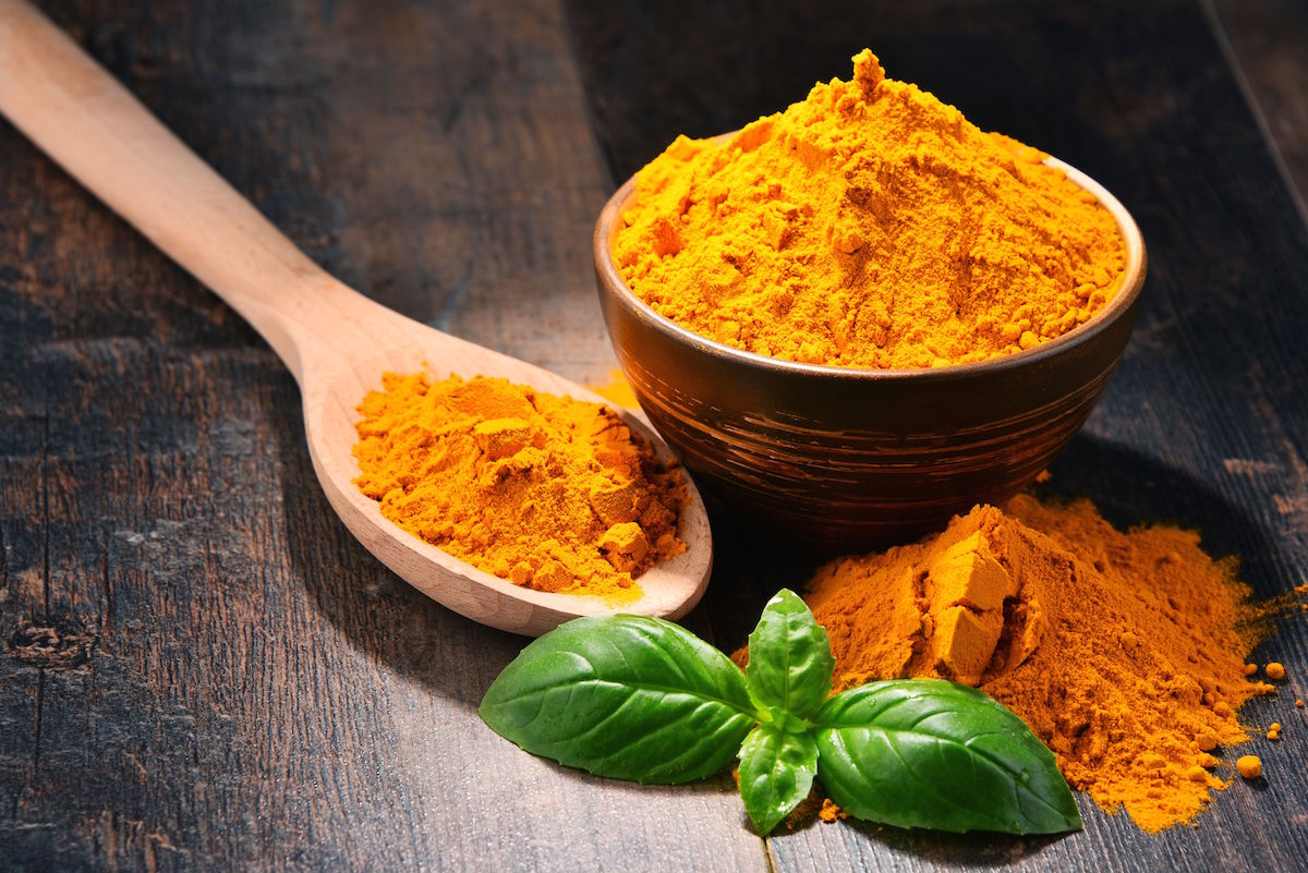 The Difference Between Turmeric Spice & Supplements