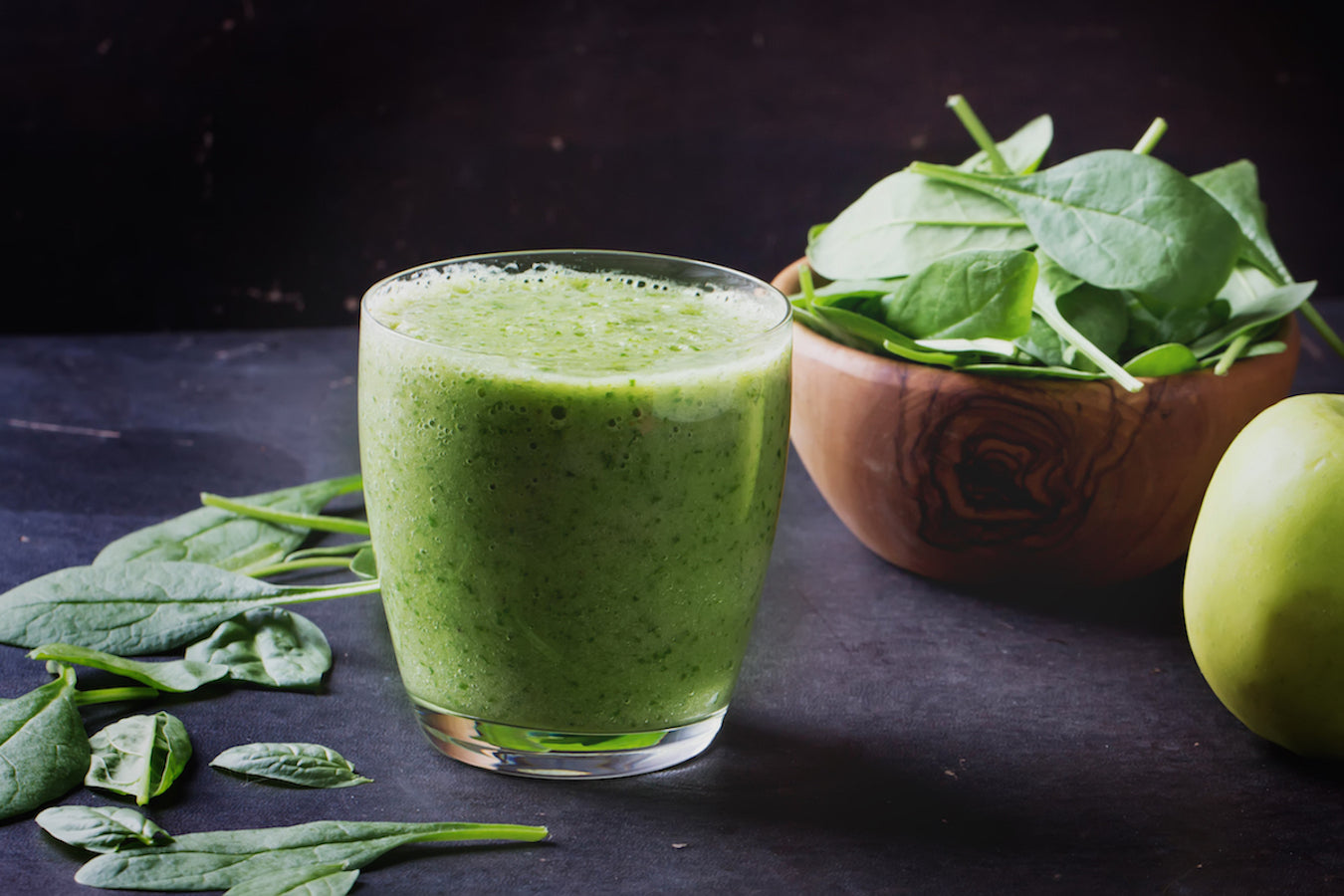 Super Green Immune Defense Smoothie [RECIPE]