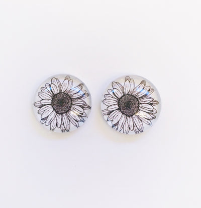 The 'Alannah' Glass Earring Studs