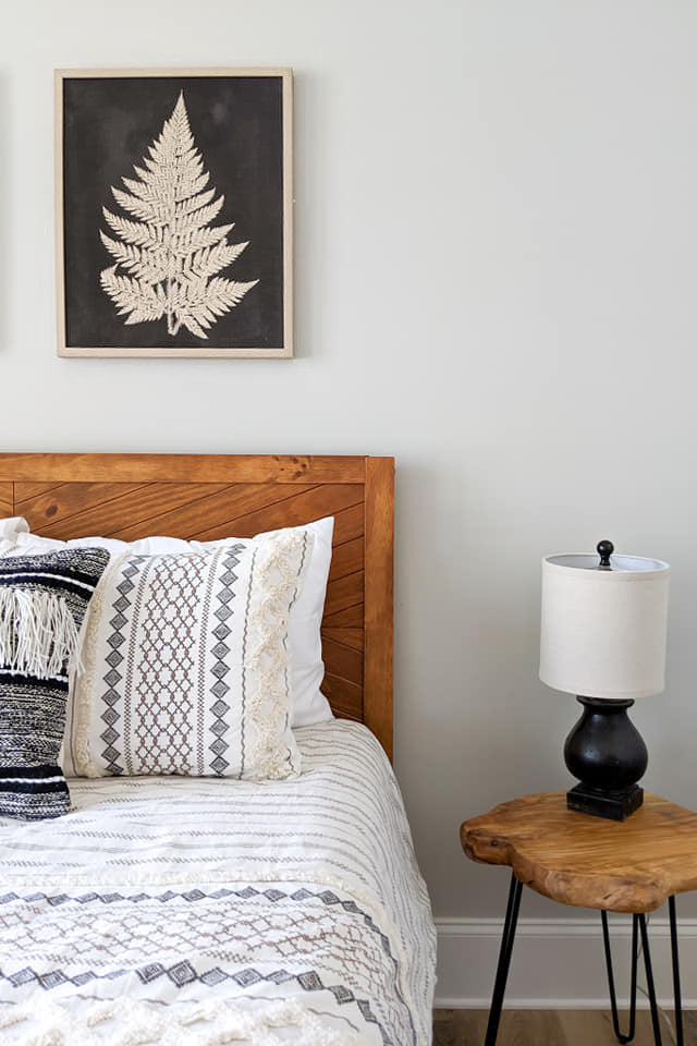 Modern farmhouse guest room by Kayla Yearwood at Codee Rainey Interiors in Greensboro, Georgia.