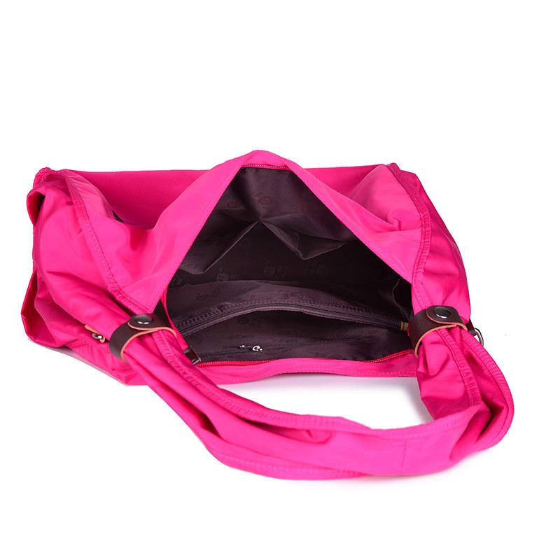 Nylon Large Capacity Traveling Bag