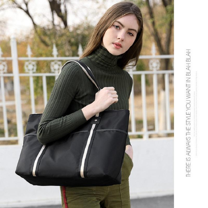 Large Capacity One-shoulder Bag