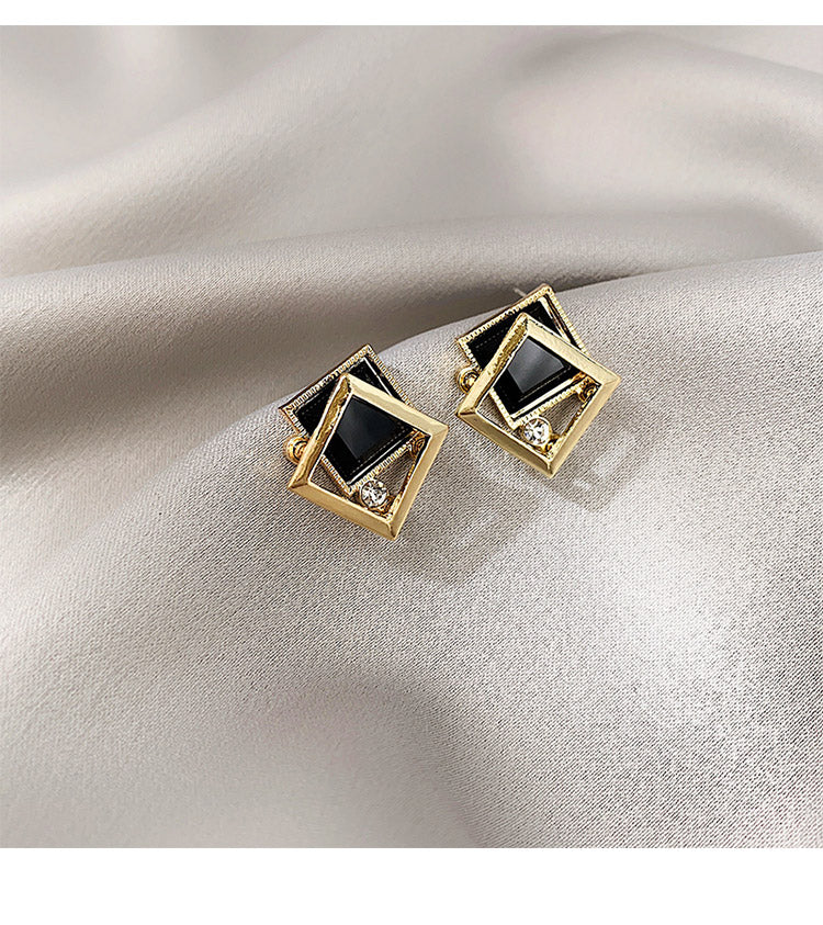 Oven Crystal Earrings