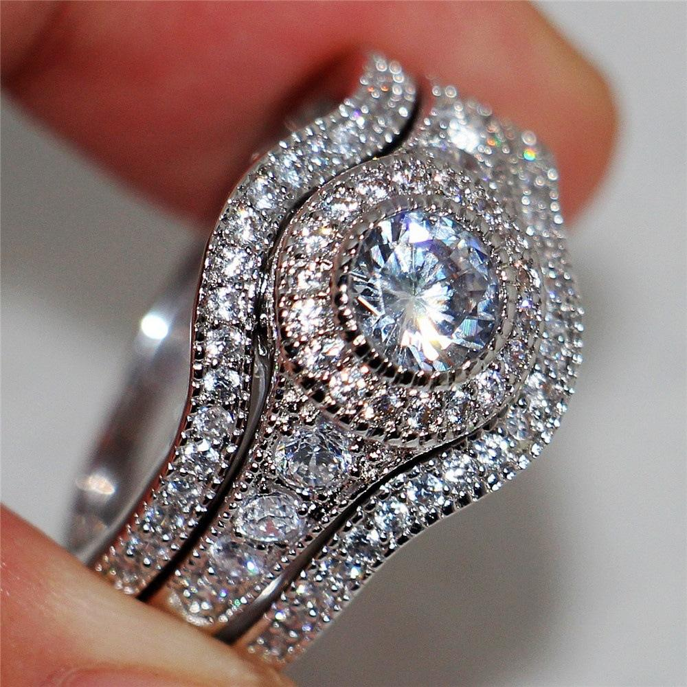 Luxury Female White Round AAA Zircon Ring Set