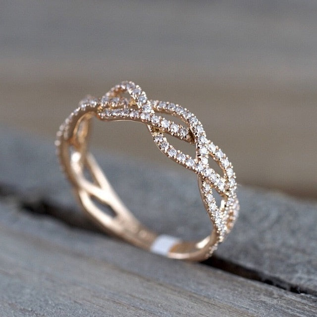 Elegant Cubic Wedding Engagement Ring