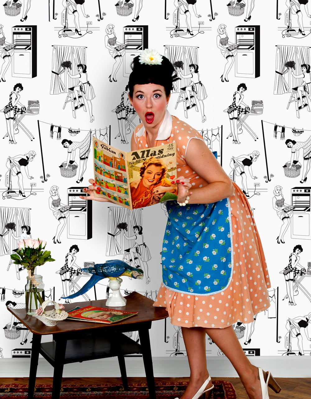 50s Housewives - Wallpaper