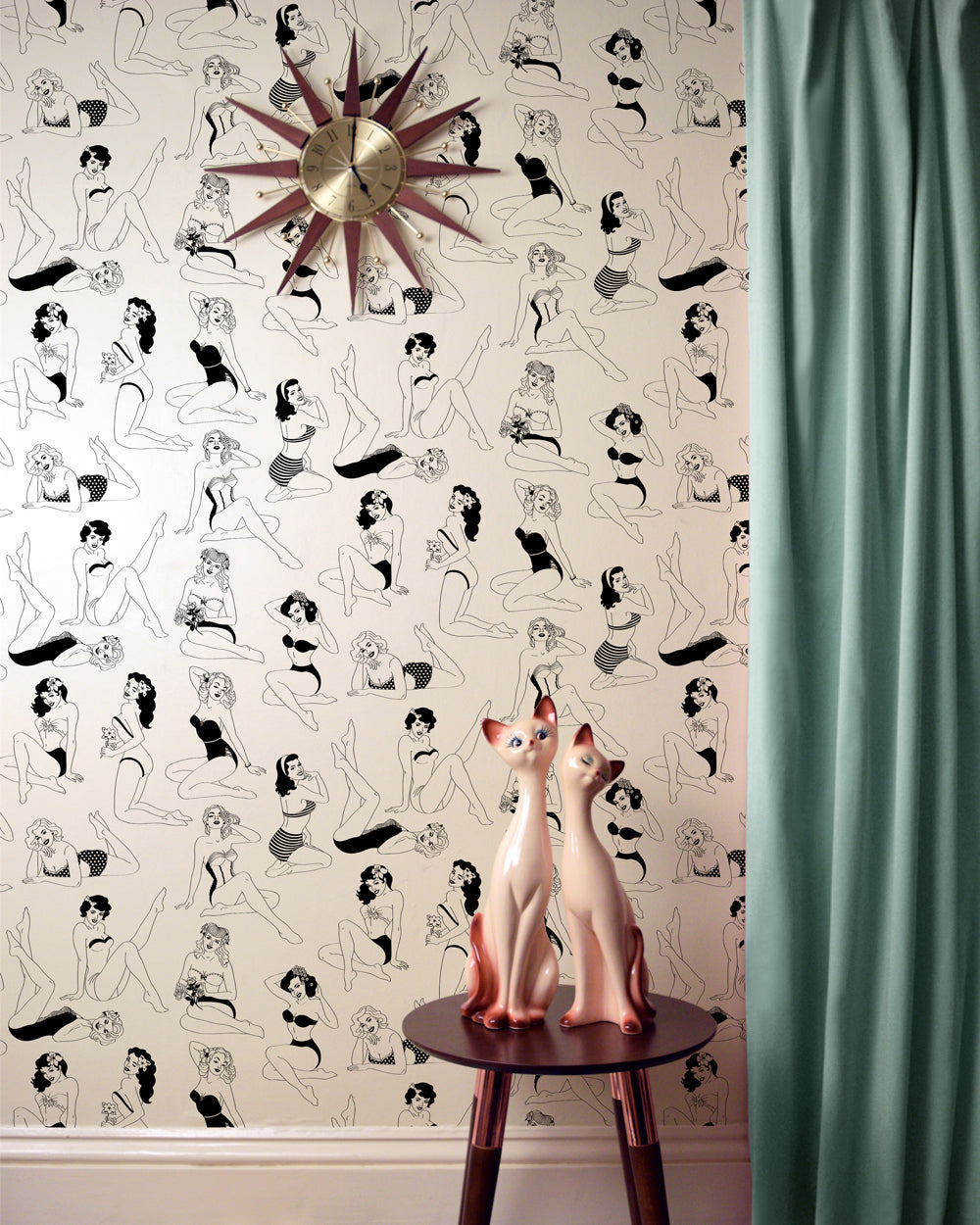 Pin Up B W Wallpaper Dupenny