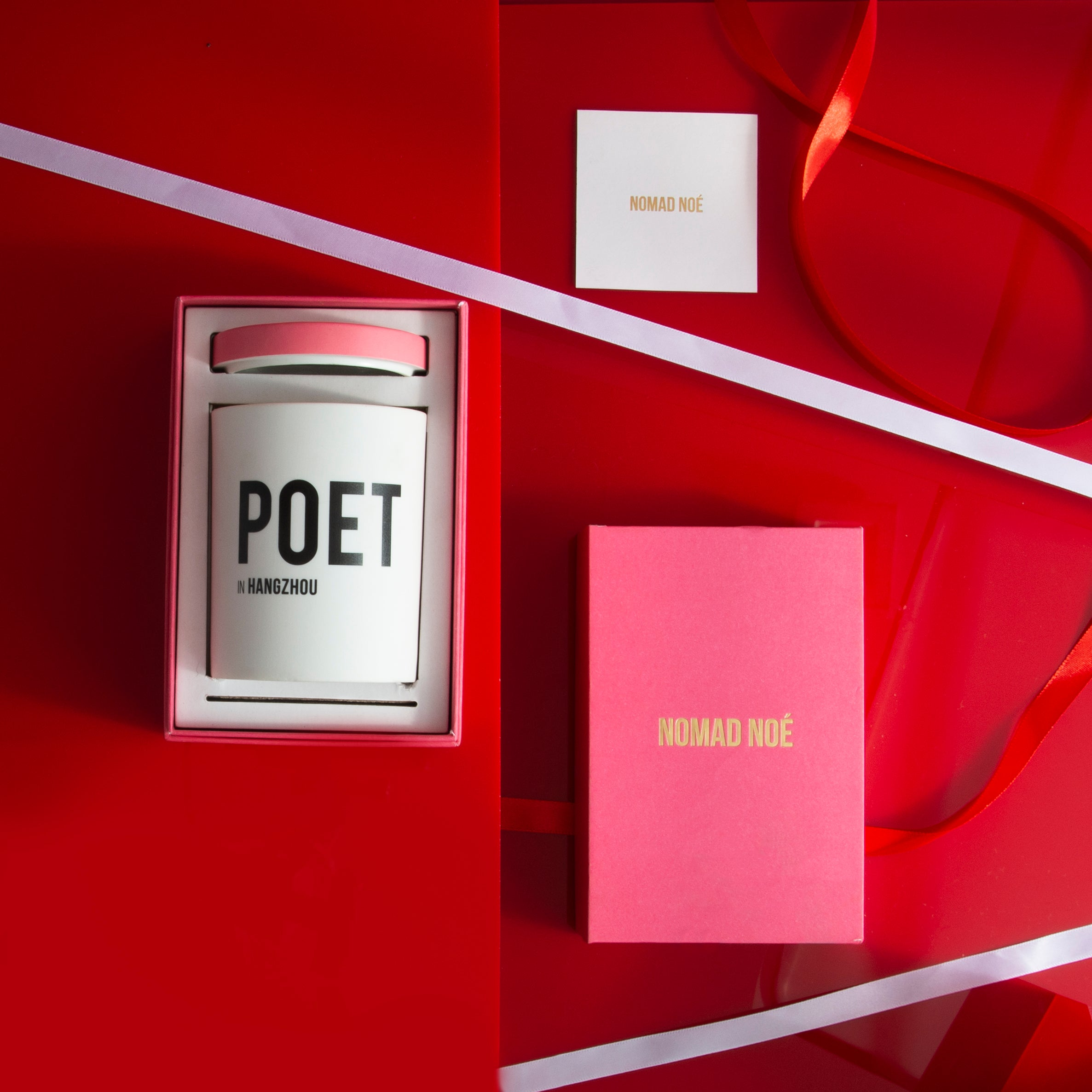 Poet scented candle by Nomad Noe