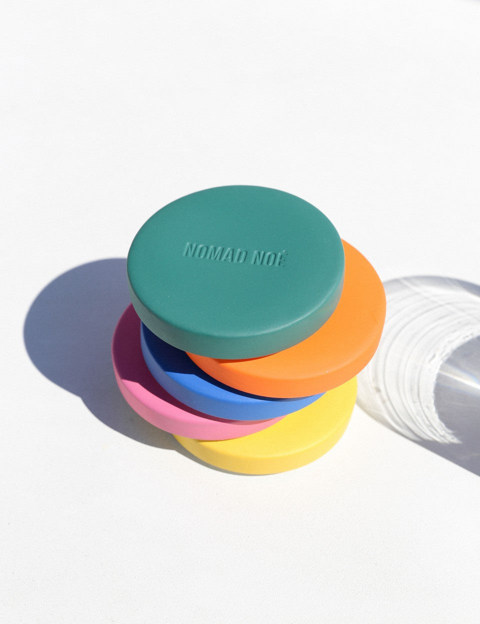 pop color lid by Nomad Noe