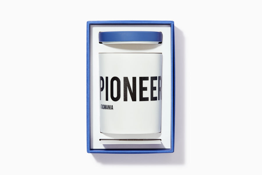 PIONEER in Tasmania - Sea salt & Coconut candle - Nomad Noé