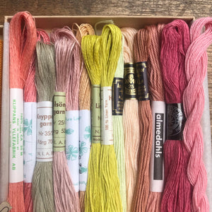 POP - Lyster Thread Collection