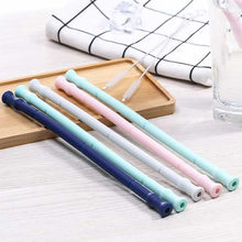 Load image into Gallery viewer, 2019 New Collapsible Silicone Straw Reusable Folding Drinking Straw with Carrying Case and Cleaning Brush for Travel, Home, Office Drinks