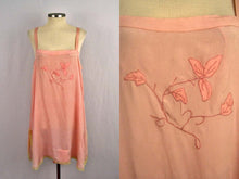 Load image into Gallery viewer, 1920s Pink Silk Step-In Teddy Lace Trim Embroidered Silk Leaves Appliques Buttoned Gusset