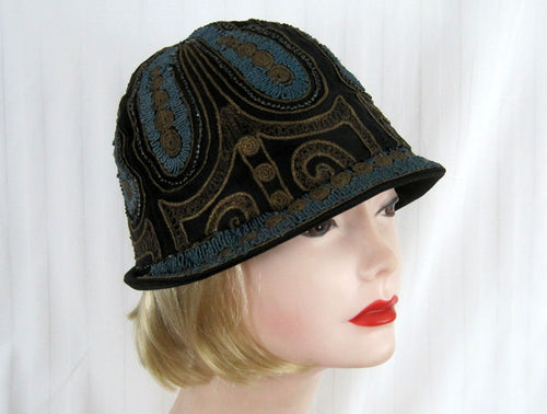 DEADSTOCK 1920s Beaded Cloche Hat Gold Metal Lace Blue Soutache