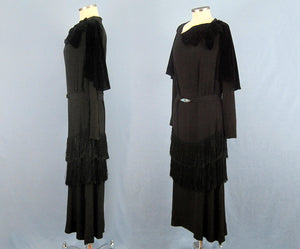1920s Black Silk Fringed Flapper Dress Long Sleeve