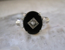 Load image into Gallery viewer, Beautiful Black Onyx Diamond Gold Ring Vintage Onyx Ring 10K White Gold