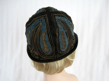 Load image into Gallery viewer, DEADSTOCK 1920s Beaded Cloche Hat Gold Metal Lace Blue Soutache