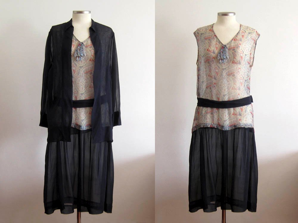 1920s American Indian Feather Print Navy Blue Silk Flapper Dress with Jacket