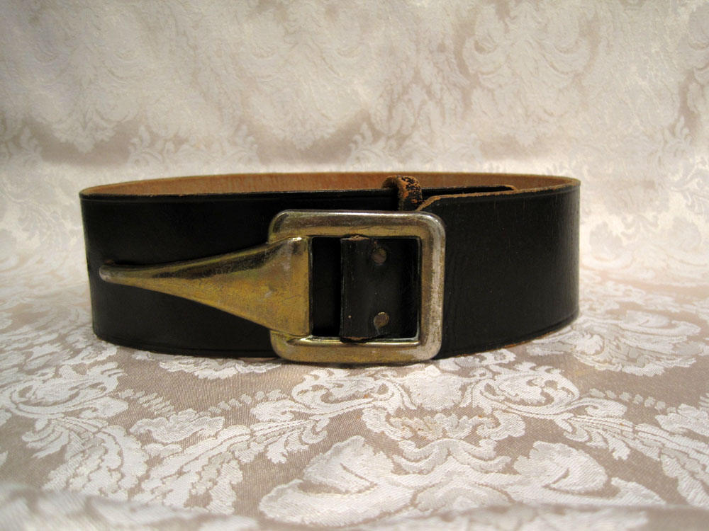 1940s 50s Garay Black Leather Belt Hook Buckle