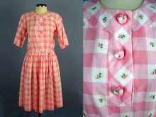 Load image into Gallery viewer, 1950s Pink White Buffalo Plaid Swing Day Dress Full Skirt